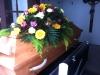 Bestattungsinstitut Rose, Eichensarg mit Sargbukett