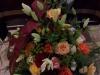 bestattungsinstitut-rose-trauergesteck-gemischt
